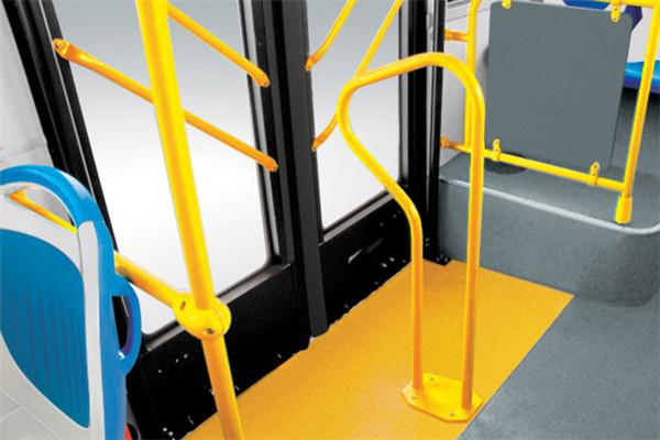 金旅XML6185J18CN公交车