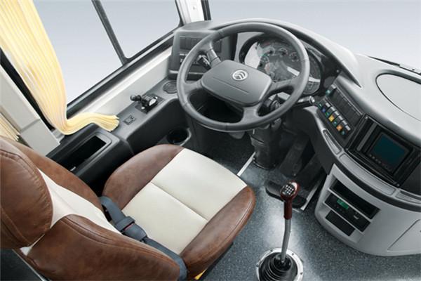 金旅XML6127J25N客车(天然气国五24-57座)