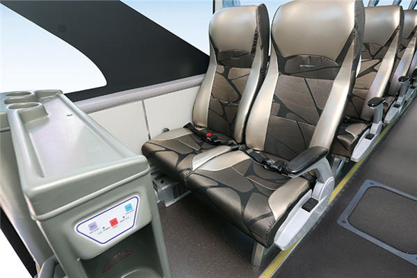 金龙XMQ6129FYD4B客车