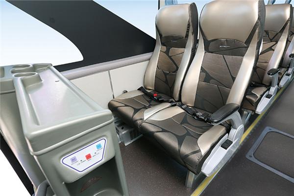 金龙XMQ6129HYN5D客车