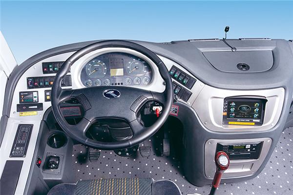 金龙XMQ6802AYN5D客车(天然气国五24-34座)