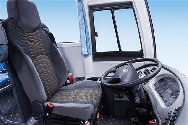 金龙XMQ6802AYD4D客车
