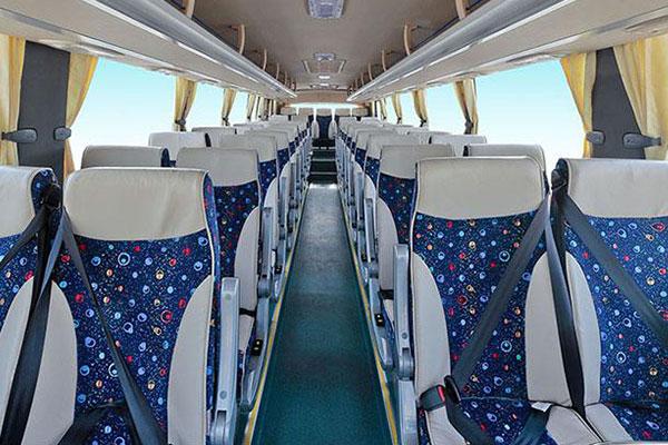 海格KLQ6115HTE4客车(柴油国四24-62座)