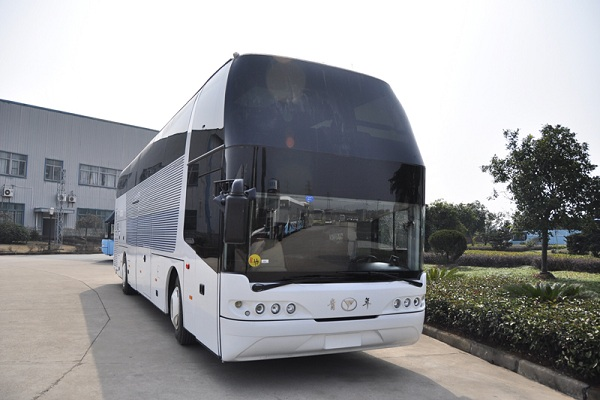 青年JNP6120FS客车(柴油国四27-55座)