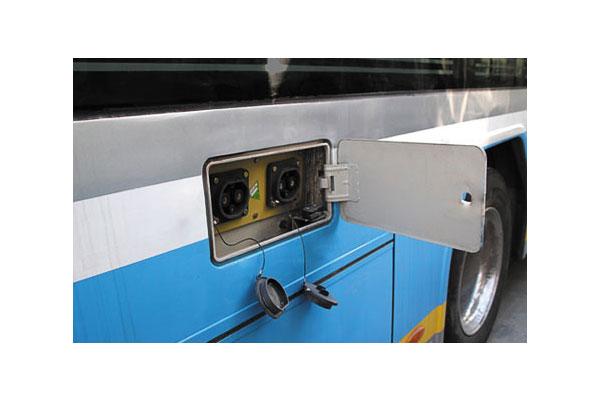 福田欧辉BJ6123EVCA-16城市客车(纯电动10-45座)