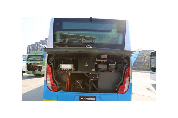 福田欧辉BJ6123PHEVCA-7城市客车(柴油/电混合国五10-46座)