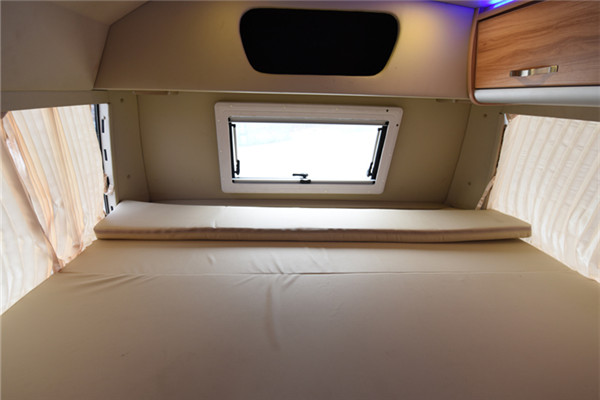 晶马JX5050XLJVDF房车