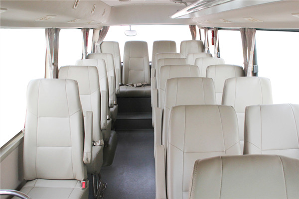 晶马JMV6820BEV客车