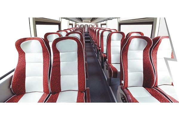 桂林大宇GL6122HKD2客车(柴油国四24-57座)
