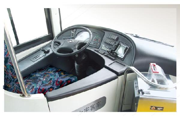 桂林大宇GDW6126HGNE1公交车(液化天然气国五24-46座)
