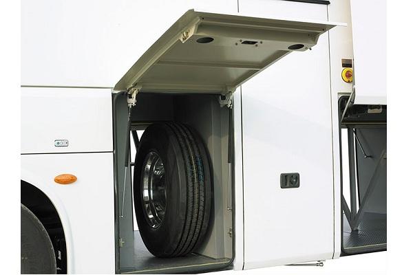 申龙SLK6129CDD5客车(柴油国五24-61座)