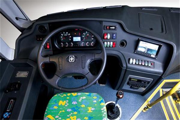 亚星JS6100XCJ小学生专用校车