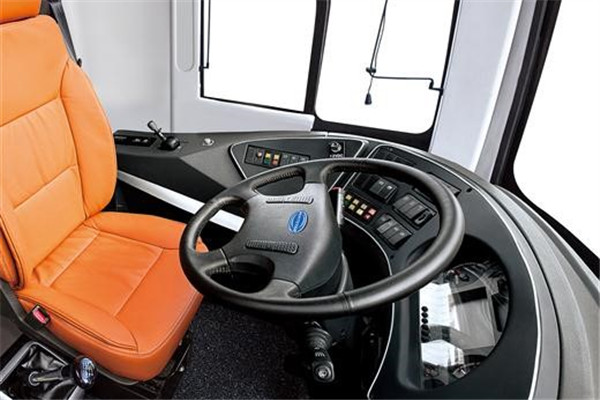 亚星YBL6148H2QP2客车(柴油国五24-69座)