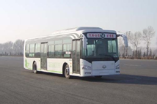 一汽CA6120URBEV21公交车(纯电动27-35座)
