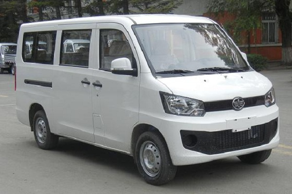 一汽CA6440A85多用途乘用车(汽油国五7座)
