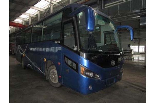 一汽CA6110LRD21客车(柴油国四24-53座)