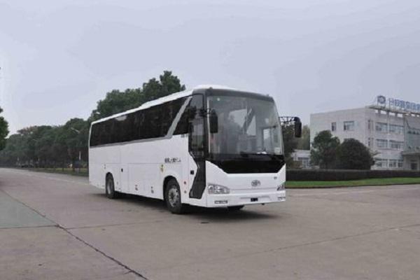 一汽CA6115LRD80客车(柴油国四24-51座)
