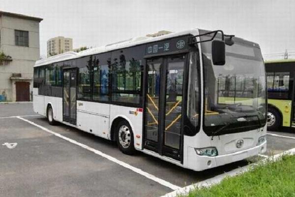 一汽CA6121URBEV81公交车(纯电动33-35座)
