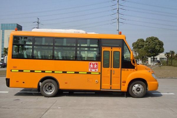 一汽CA6681PFD81N幼儿专用校车(柴油国四24-31座)