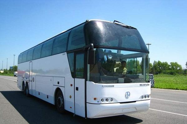 北方BFC6140B2客车(柴油国四24-61座)