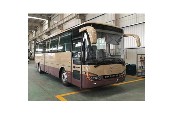 常隆YS6100BEV客车