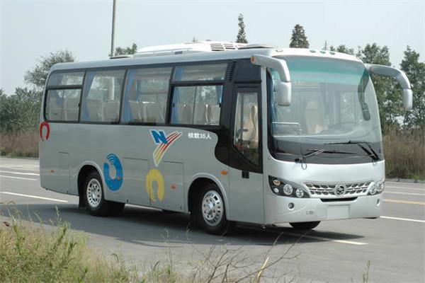 四川现代CNJ6800LQNV客车