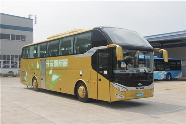 南京金龙NJL6125HEV客车(柴油/电混动国五24-52座)