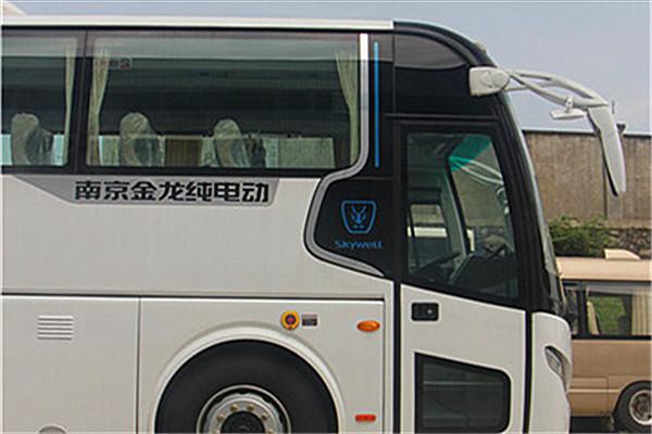 南京金龙NJL6117BEV16客车(纯电动24-53座)