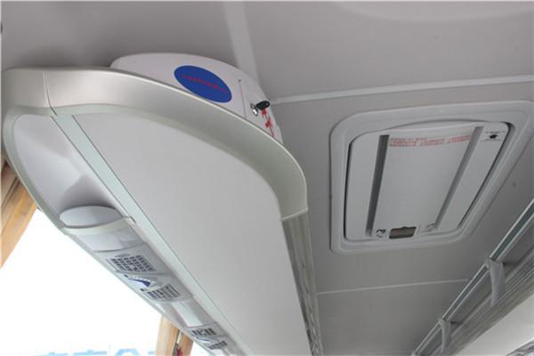 南京金龙NJL6107BEV8客车(纯电动24-47座)