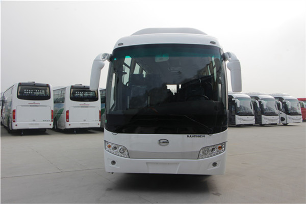 南京金龙NJL6118BEV4客车(纯电动24-49座)