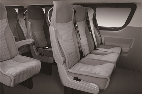 南京金龙NJL6601BEV6客车(纯电动10-18座)