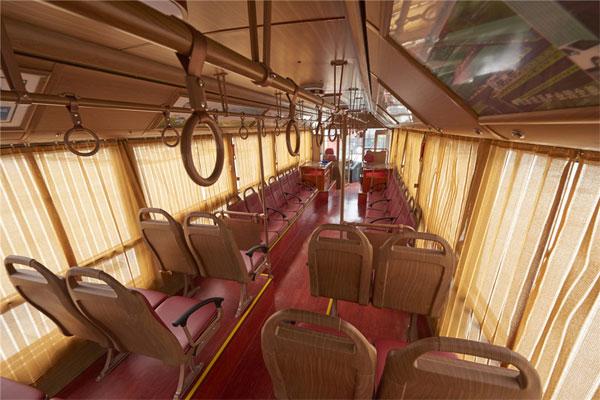 银隆GTQ6123BEVB1公交车座椅区2