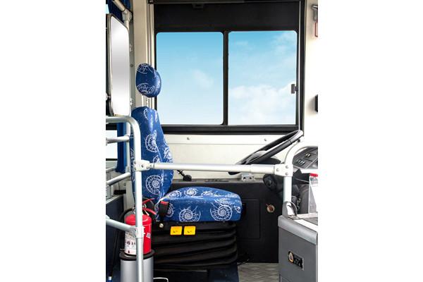 南京金龙NJL6100EV8公交车(纯电动19-37座)南京金龙NJL6100EV8公交车(纯电动19-37座)