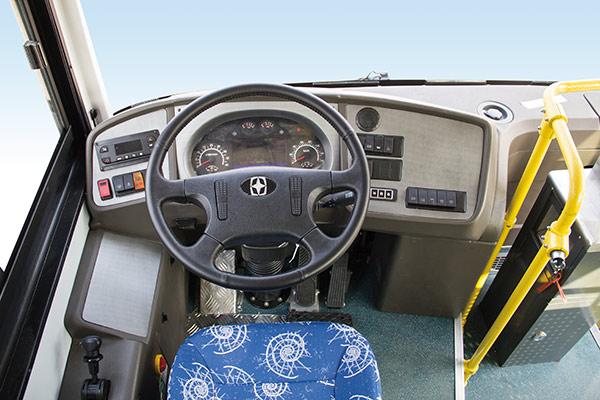 亚星 JS6108GHBEV20公交车(纯电动18-41座)