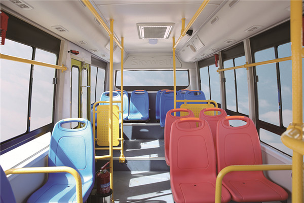 南京金龙NJL6600EVY81客车(纯电动11-19座)