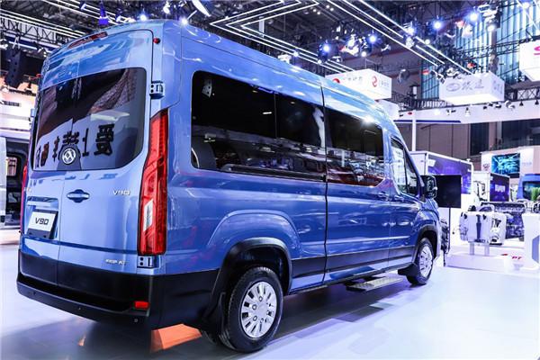上汽大通SH6551H4DB客车(柴油国六10-12座)