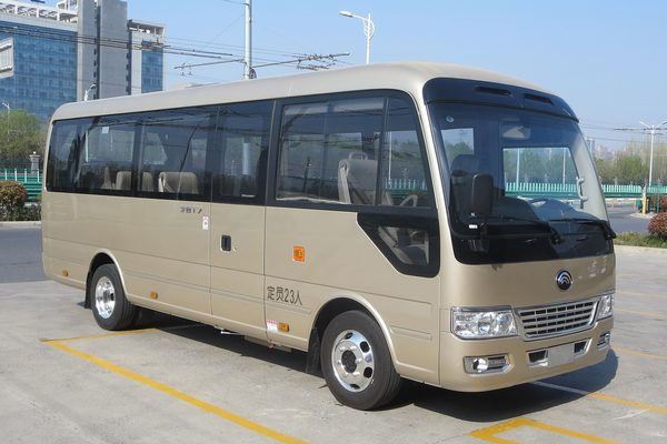 宇通ZK6710Q2T客车(汽油国四10-23座)