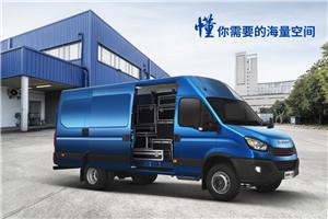 南京依维柯欧胜运瑞V45-33厢式运输车