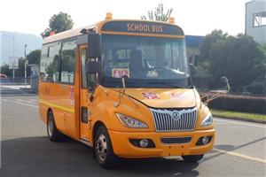 超龙EQ6580校车