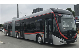 宇通ZK6180铰接公交车