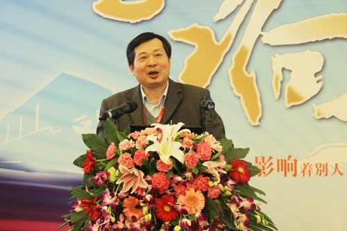 中国科学院物理研究所实验室研究员黄学杰